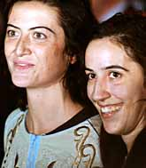 Simona Toretta och Simona Pari släpptes fria av terroristerna i Irak. Foto: Vincenzo Pinto/PrB.