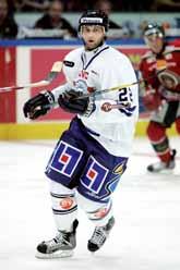 Kristian Huselius är en av alla NHL-proffs i Elitserien i år. Foto: Niklas Larsson/PrB.