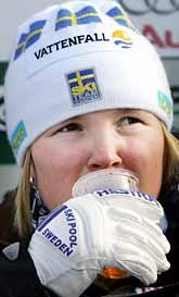 Anja Pärson vann sitt andra guld i VM. På tisdagen tog hon guld i storslalom. Foto: Thomas Coex/Prb