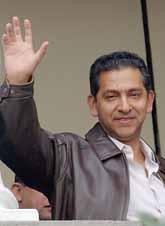 Lucio Gutierrez några dagar innan han tvingades sluta som president. Foto: Dolores Ochoa/PrB
