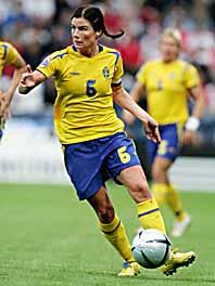 Malin Moström i EM-matchen mot England. Foto: Jessica Gow/PrB