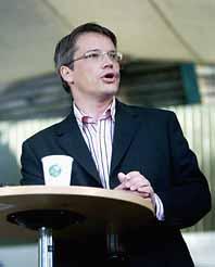 Göran Hägglund vill ha införa skoluniform i Sverige. Foto: Sofie Ekholm/PrB