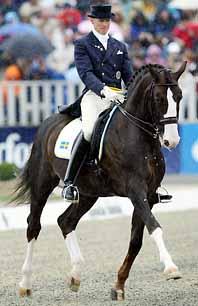 Jan Brink tog brons i EM i dressyr på hästen Briar. Foto: Michael Sohn/PrB