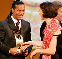 Ronaldinho och Prinz. Bäst i världen. Foto: Pressens Bild