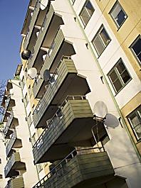 I Rinkeby är parabolantenner vanliga. Foto: Ulrika Åling/8 SIDOR