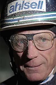 Stig H Johansson har kört sitt sista travlopp. Foto: Leif R Jansson/PrB
