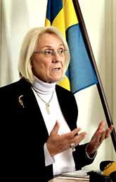 Laila Freivald vill hålla Sverige utanför bråken om Muhammed. Foto: Anders Wiklund/PrB