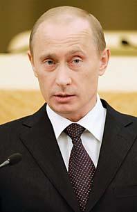 President Vladimir Putin vill göra Rysslands militär starkare. Det har USA gjort och därför bör Ryssland göra samma sak, säger Putin. Foto: Dimitry Astakin/Pressens Bild
