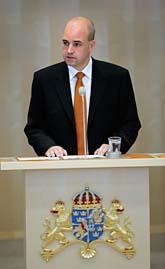 Statsminister Fredrik Reinfeldt presenterar Sveriges nya regering. Foto: Jonas Ekströmer/Scanpix