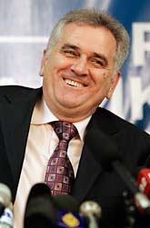 Tomislav Nikolic är ledare för partiet SRS som fick flest röster i det serbiska valet. Foto: Darko Vojinovic/Scanpix.