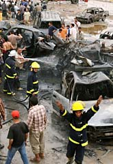 Nära tvåhundra människor dödades av bomber i Bagdad. Foto: Hadi Mizban/Scanpix