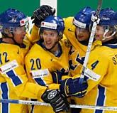 Tre Kronor vann den viktiga matchen mot Slovakien. Foto: Misha Japaridze/Scanpix
