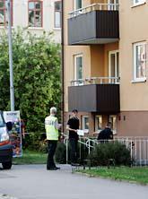 I det här huset i Nyköping sköts två poliser. Foto: Fredrik Sandberg/SCANPIX