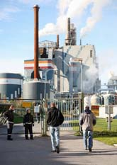 Pappersbruket i Norrsundet ska stängas. Foto: Scanpix