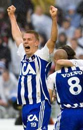 Saken är klar. Thomas Olsson har gjort mål och Göteborg tar guld. Foto: Björn Larsson Rosvall/Scanpix