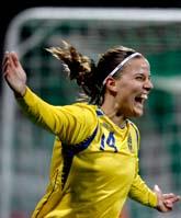 Sveriges Jessica Landström jublar efter 1-0 målet mot Danmark. Foto: Ponus Lundahl/Scanpix