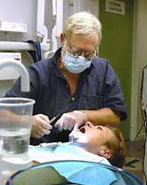 Svenskarna är nöjda med sina tandläkare. Det visar en ny undersökning. Foto:Ingvar Karmhed/SvD/Scanpix