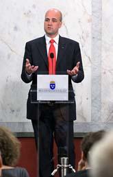 Statsminister Fredrik Reinfeldt är nöjd med EUs hårda miljökrav. Foto: Anders Wiklund/Scanpix