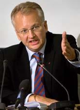 Per Nuder får inte fortsätta som socialdemokraternas ekonomi-expert. Foto: Anders Wiklund/Scanpix