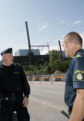 Kärnkraftverket i Oskarshamn stängdes när två män greps med spår av sprängämnen på sig. Foto: Paul Madej/Scanpix