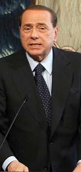 Italiens premiärminister Silvio Berlusconi kan inte åtalas för brott. Det har parlamentet bestämt. Foto: Sandro Pace/Scanpix
