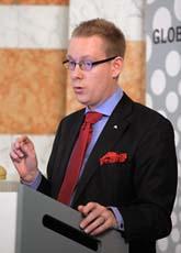 Moderaten Tobias Billström vill att invandrare ska få jobb snabbare. Foto: Fredrik Sandberg/Scanpix