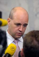 Statsminister Fredrik Reinfeldt berättade att FRA-lagen ska ändras. Foto: Fredrik Sandberg/Scanpix