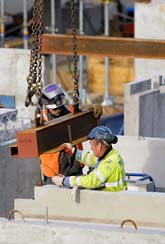 Många kommer att förlora jobben på byggbolaget Skanska. Här är ett av företagets byggen i Stockholm. Foto: Leif R Jansson/Scanpix