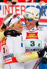 Anna Olsson och Lina Andersson. Foto: Håkon Mosvold Larsen/Scanpix.