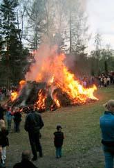 Valborgseldarna kan stoppas i delar av Sverige. Foto: Fredrik Sandberg/Scanpix