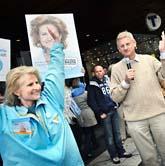 Anna Maria Corazza Bildt med sin man, utrikesminister Carl Bildt. Foto: Yvonne Åsell/SvD/Scanpix