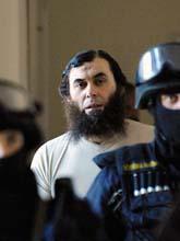 Oussama Kassir greps i Tjeckien. Foto: Rene Volfik/AP/Scanpix