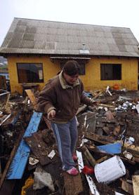 Fler än 700 människor dog i jordbävningen.i Chile. Foto: Roberto Candia/Scanpix