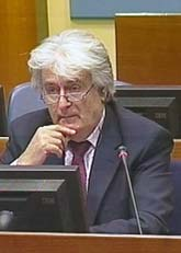 Radovan Karadzic i FN-domstolen. Foto: AP/Scanpix
