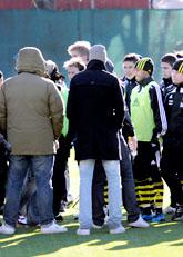 Fotbolls-fans från Hammarby hotade spelare i AIK. Foto: Tomas Oneborg/Scanpix