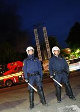 Poliser i Rinkeby. Foto: Fredrik Persson/Scanpix