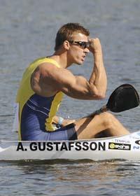 Anders Gustafsson jublar efter VM-guldet. Foto: Alik Keplicz/Scanpix
