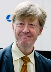 Miljöminister Andreas Carlgren vill ha fler miljöbilar. Foto: Bertil Ericson/Scanpix