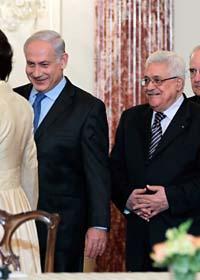 Banjamin Netanyahu och Mahmoud Abbas. Foto: J Scott Applewhite/Scanpix