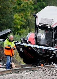 En människa dog efter tågolyckan i söndags. Foto: Anders Wiklund/Scanpix