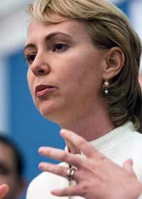 Politikern Gabrielle Giffords och fem andra blev skjutna i Arizona i USA. Foto: Drew Angerer/Scanpix