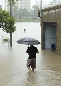 Vattnet stiger i Brisbane. Foto: Tertius Pickard/Scanpix