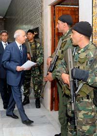 Mohammed Ghannochi är tillfällig premiärminister i Tunisien. Foto: Hassene Dridi/Scanpix