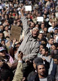 Protesterna i Egypten fortsätter. Foto: Ben Curtis/Scanpix