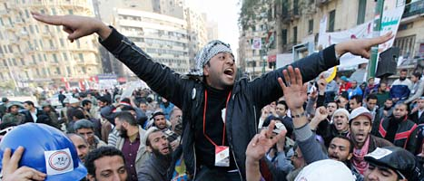 Demonstranterna tvingade bort Mubarak. Foto: Hussein Malla/Scanpix