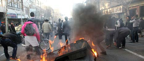 Det blev under demonstrationerna i Teheran. Foto: AP/Scanpix