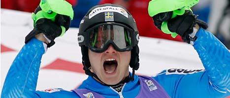 Jens Byggmark jublar över VM-silvret. Foto: Marco Trovati/Scanpix