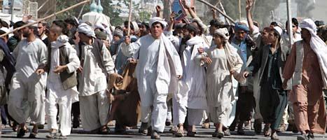 Demonstrationer i Afghanistan slutade i våldsamma bråk med flera döda.Foto: Allaudin Khan/Scanpix