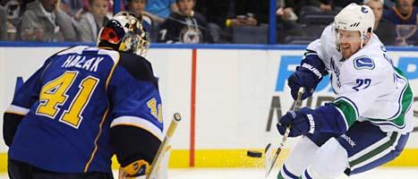 Daniel Sedin vann NHLs poängliga. Foto:Bill Boyce/Scanpix
