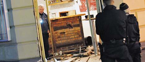 En bomb förstörde restaurang Gökboet i Malmö.  Foto: Johan Nilsson/Scanpix